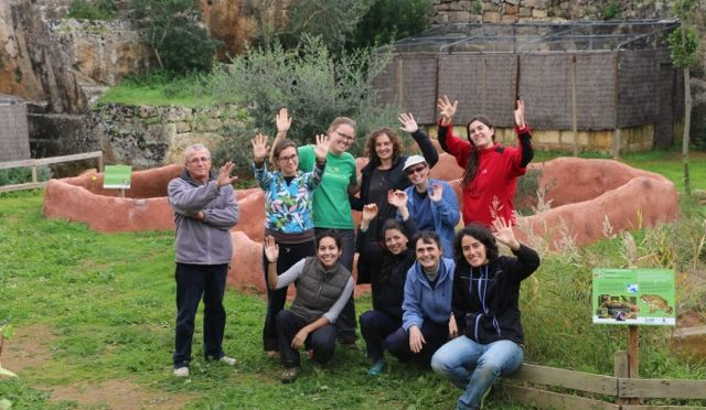 Volunteers at the Centre for the Recovery of Wild Fauna