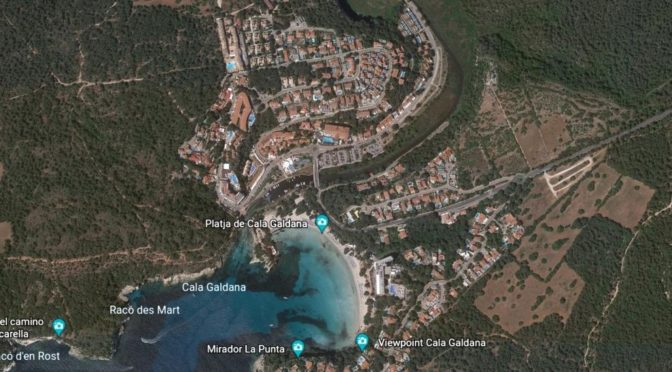 Cala Galdana: it is not the stream that is at fault